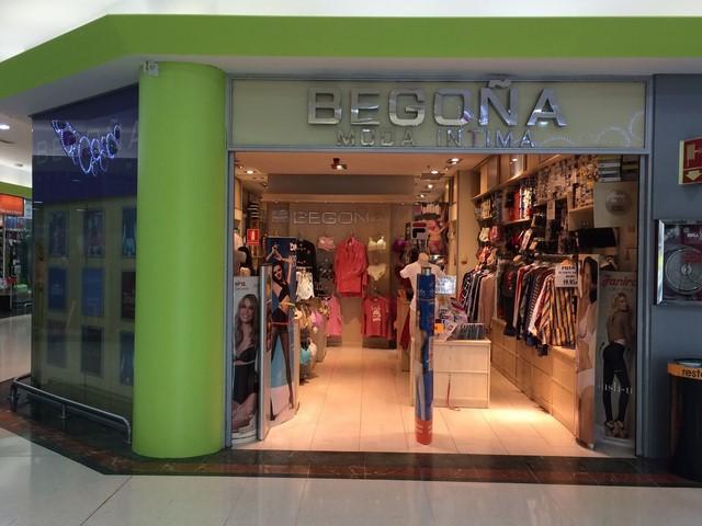 Begoña Moda Intima fachada de la tienda en Centro Comercial Plaza de Aluche